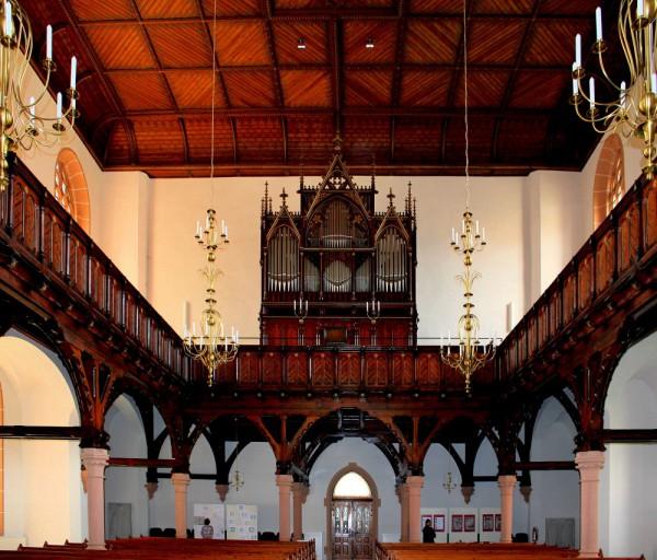 oederan-stadtkirche-mittelsachsen-orgel-e1421578146381